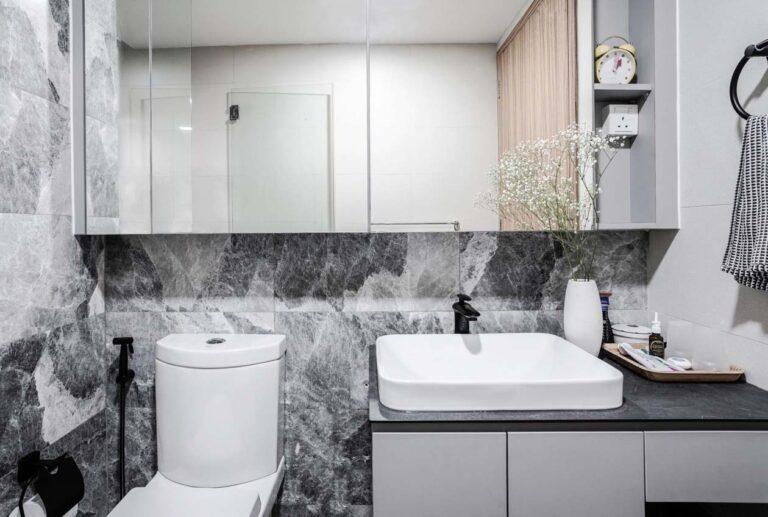 flo residence masterbathroom